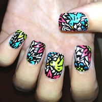 Humming Bird Nail Art Fake Nails