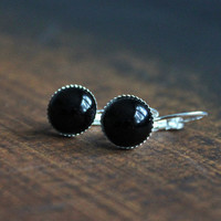 Onyx // simple and elegant cabochon earrings silver, black - earrings for girls, women - everyday jewelry