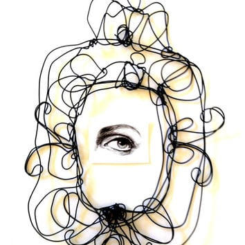 Wire wall frame - glamour art - wire sculpture  - Artwork by Isabella Pavanati