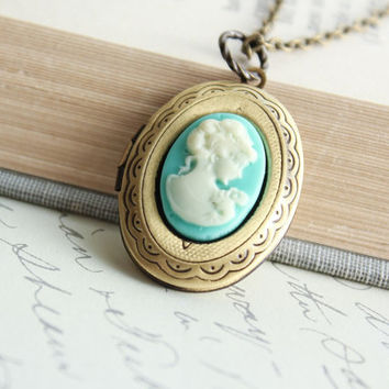 Oval Locket Necklace, Aqua Blue Cameo Pendant, Antique Brass, Lady Face Profile Silhouette, Vintage Style Photo Locket, Secret Hiding Place