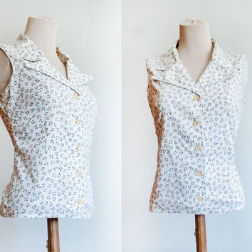 White Vintage Sleeveless Shirt With Apple Core Print