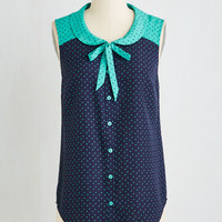Mid-length Sleeveless Fashionably Elate Top in Blue