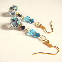 Blue swirl inside design beads dangle earrings, blue and black dangle earrings, beaded dangle earrings, handmade jewelry, bohochic earrings.