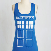 Sci-fi Mid-length Sleeveless Look Who's Here! Top