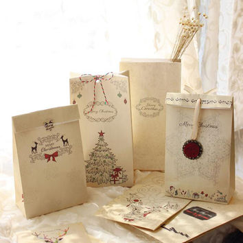6pcs lot Merry Christmas Kraft Paper Bag Bake Biscuits Cookies Candy Gift Bags Party Lolly Favour Wedding Packaging 22x12x6cm