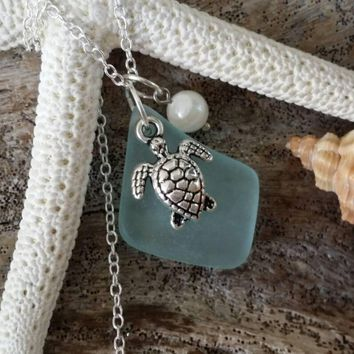 Hand made in Hawaii, Seafoam  sea glass necklace,Sea turtle  charm ,Natural  pearl, 925 sterling silver chain, gift box
