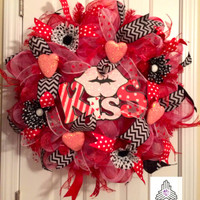 "Valentine Day ""Kiss"" Deco Mesh Wreath"