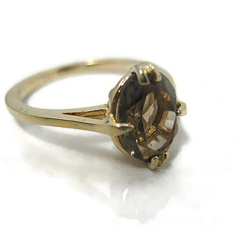 Vintage Rhinestone Ring Avon Size 7 Brown Oval Solitaire Gold Plated Retro Jewelry