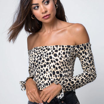 Gaga Off The Shoulder Top in Cheetah by Motel