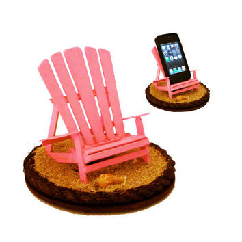 iBeach in Pink - A multi-functional iPhone stand