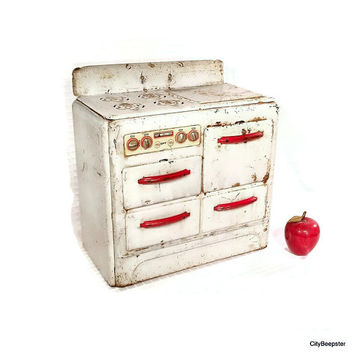 Vintage Metal Toy - Stove - Kitchen - 1960s - Rustic Decor - Farmhouse - Red - White