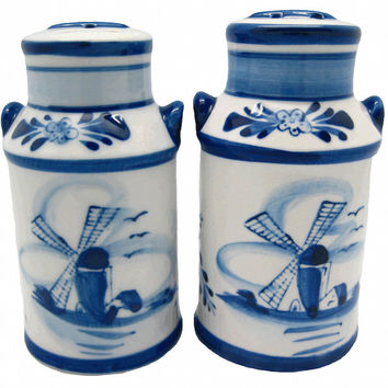 Collectible Salt and Pepper Shakers: Milk Cans
