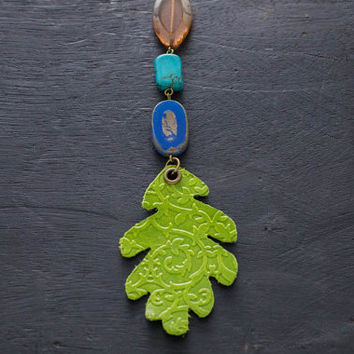 Green Leather Oak Leaf Necklace with Colorful Beads and Antique Brass Chain, Leather Leaf Necklace, Leather Jewelry