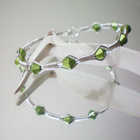 green wire wrapped bracelet by KimberlyAnnMarie on Etsy