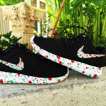 Nike Roshe Run custom design, Red and Teal paint splatter design,