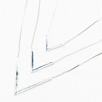 Triple-Layer Arrow Necklace in Silver - Urban Outfitters