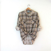 Vintage Plaid Flannel / Grunge Shirt / tan Button up shirt