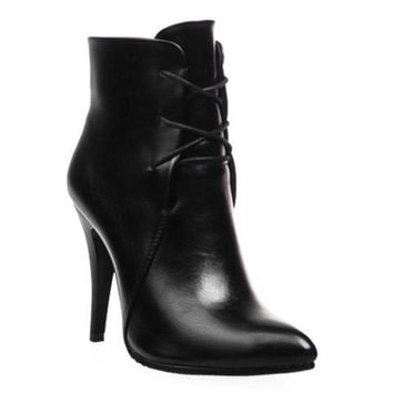 High Heel Boots With Lace Up and Pointed Toe Design