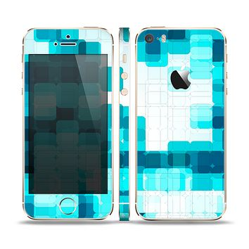 The Vibrant Blue HD Blocks Skin Set for the Apple iPhone 5s