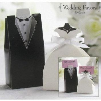 Bride and Groom Personalized Wedding Favor Boxes (Minimum Qty. 50)