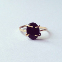 Black Onyx Gold Thin Ring -18 Carat - Black Stone - Irregular Claw Setting -Statement Modern - Minimal - Solid Yellow Gold