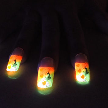 BioLumiNails - Pink/Yellow Stylish Cat -unique, glow in the dark, fake nails, gift for her, girlfriend, birthday