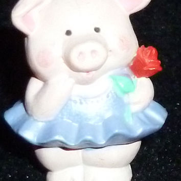 Hallmark Merry Miniature Pig With Rose Figurine