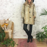 Vintage 1970's MOCHA Cream Vegan FAUX Fur 3/4 Glam Coat ||  Size Small To Medium || Size 6