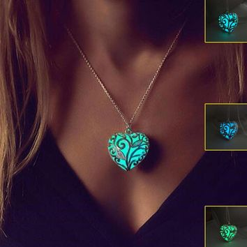Heart Love Luminous Pendants & Necklaces