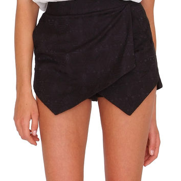 Hanging Out Skort Black