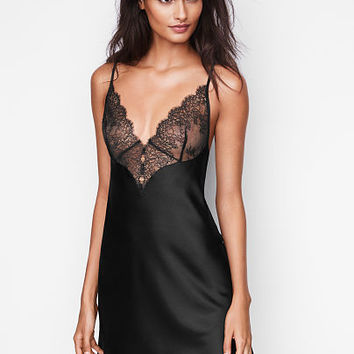 Chantilly Lace & Satin Slip - Very Sexy - Victoria's Secret