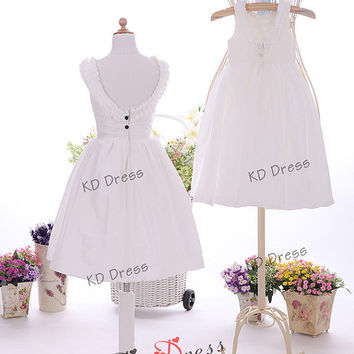 20% OFF!!!Vintage Inspired Ivory Taffeta Flower Girl Dress Junior Bridesmaid Dress Baby Girl Toddler Dress With Decorative Buttons(Z1039)