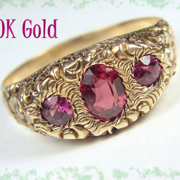 10K Gold ~ Repousse Bohemian Rose Cut Garnet Mens Ring - 1920s Thumb Ring Art Nouveau - FREE SHIPPING