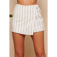 Short And Sweet Striped Shorts (White)