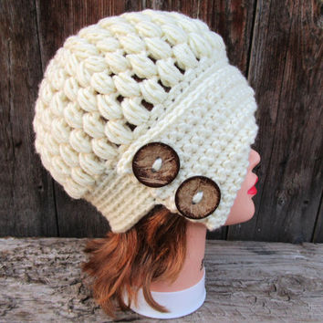 Cream Cloche - Crochet Hat With Buttons - Women's Cloche - Chunky Flapper Hat - Asymmetrical Hat - 1920s Cloche Hat - Crochet Accessories