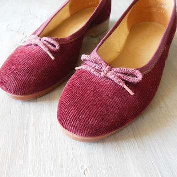 corduroy marsala ballet flat | 1970s burgundy ballet flat with sculpted low rubber wedge heel | size 6.5 to 7 M