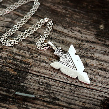 Arrow Head Necklace, Silver Arrow Charm Necklace, Layered Necklace on silver chain, Choker, Native Jewelry, Minimal, Arrow head pendant