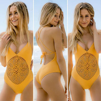2016 Sexy Solid Crochet Strap One Piece Swimsuit Biquini High Waist Swimwear Bodysuit Patchwork Monokini Hollow Out Bathing Suit
