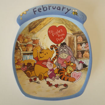 Disney Winnie the Pooh the Whole Year Through February  Plate Wall Decor Bradford Exchange