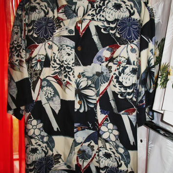 Amazing Vintage Hawaiian Shirt TOMMY BAHAMA  Tropical  Flowers 100% Silk Size L  Very Collectible