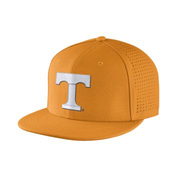 Nike Dri-FIT Vapor True Authentic (Tennessee) Fitted Hat