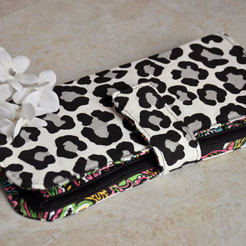 Beautiful women's wallet, leopard print bifold wallet, black and white money organizer, credit card holder wallet with zipper, coin purse