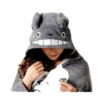 Totoro Cosplay Cloak Pro Version + Totoro 4.5cm Cute Min Pin:Amazon:Everything Else
