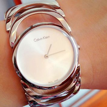 Calvin Klein Women Fashion Quartz Movement Watch5