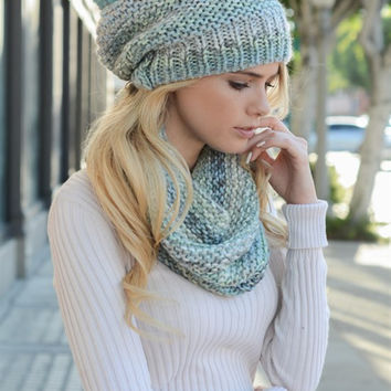 Knit Ombre Beanie & Infinity Scarf SET