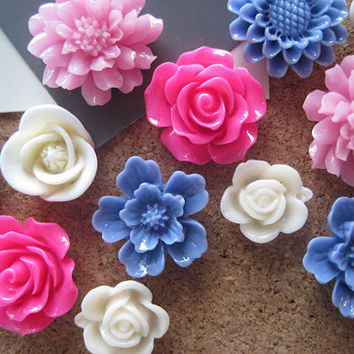 Pretty Thumbtacks, Flower Pushpins, 12 pcs Pink, Blue, Off White Tacks, Bulletin Board Thumbtacks, Wedding Decor, Housewarming Gift