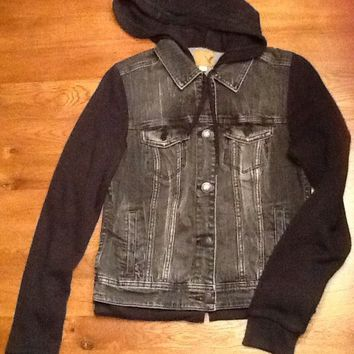 Womens American Eagle Denim Jacket Hoodie, Black, Medium, Euc, Fall Jean Jacket