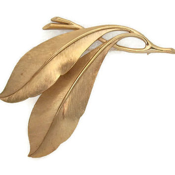 Crown Trifari Gold Tone Leaf Brooch - Detailed Brushed Gold Large Double Leaf Brooch Pin Badge - Signed Vintage Jewelry