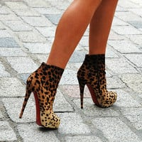 animal print, heels, high heels, sexy, shoes - inspiring picture on Favim.com