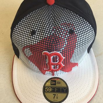 NEW ERA 5950 BOSTON RED SOX NAVY W/ RED EMBROIDERED B ON THE FRONT FITTED HAT